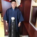 鶴ちゃんもリムジンで式典へ。
